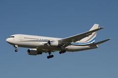 MLW Air 767-277 (N767MW) Dallas Mavericks Charter LAX Approach 1 (hsckcwong) Tags: mlwair 767277 767200 markcuban dallasmavericks dallasmaverickscharter n767mw lax klax