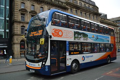 Stagecoach Manchester 10611 SN16OWO (Clifton009) Tags: stagecoach manchester 10611 sn16owo adl e40d enviro 400 mmc