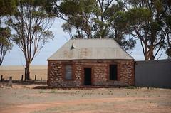 DSC_9658 abandoned farmhouse, North Boundary Road, 1.5km from Ridley Road, Punthari, South Australia (johnjennings995) Tags: abandoned farm farmhouse punthari southaustralia australia