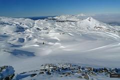 Mountain Range (YellowSingle 单黄) Tags: mountain range pyrénées arlas pierre st martin snow outdoor backcountry leica skyline clouds summit