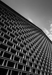 DSCF8321 (靴子) Tags: 黑白 單色 街頭 建築 結構 線條 bw bnw street streetphoto xt2 fujifilm