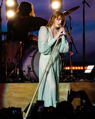 Florence and the Machine 12/09/2018 #1 (jus10h) Tags: florence welch themachine florenceandthemachine theforum forum inglewood losangeles california live music concert festival fest kroq almost acoustic christmas sunday december 9 2018 justinhiguchi sony dscrx10 dscrx10m3