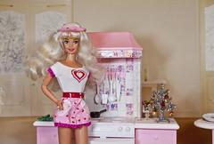 Valentine Fun Barbie doll (alenamorimo) Tags: barbie barbiedoll doll superstar home barbiecollector