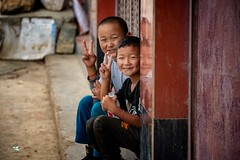 Naxi Boys (Rod Waddington) Tags: china chinese children boys streetphotography street yunnan kunming portrait people happyplanet asiafavorites