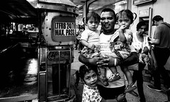 Manila streets & transports (Phg Voyager) Tags: street bw urban jeepney public bus taxi twins manila philippines filipinos children father leica mp summilux 24mm phgvoyager kids smile candide eyes curious photography asia outdoor girls boy metromanila makati greenbelt urbanscape happy humanity