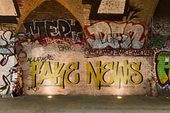 Fake_News-als-Graffiti (Christoph Scholz) Tags: fake news fakenews fälschung falschmeldung hetze rechte internet gruppen chat manipulation täuschung soziale medien trump donald