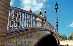 Plaza de España (Sevilla, Spain) #4 (j_rod4) Tags: 4 plaza españa sevilla andalucía persona people cielo puente bridge azulejos color colour monumento monument arquitectura luz 2019