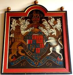[73635] York : Merchant Adventurers' Hall Chapel - Royal Arms (Budby) Tags: york northyorkshire hall guild gild chapel church