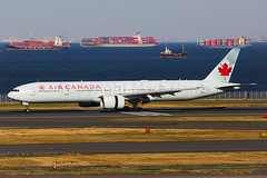 Air Canada Boeing 777-333(ER) C-FIVR (Mark Harris photography) Tags: spotting hnd haneda tokyo jpn canon 5d