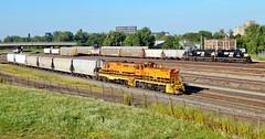 B&P BF-1 & NS H42 meet @ Elk St (BuffaloRailfan30) Tags: buffalo ny trains bp bprr bf1 sw1500 ebenezer runner norfolk southern ns h42 junction yard local meet