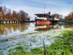 NESZMÉLY (petyhh) Tags: hdr magyar magyarország hajó boat reflection river duna