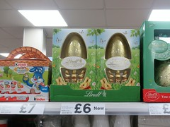 Lindt Gold Bunny Easter Eggs Tesco Express Leicester (@oakhamuk) Tags: easter eggs tesco express leicester eastereggs tescoexpress