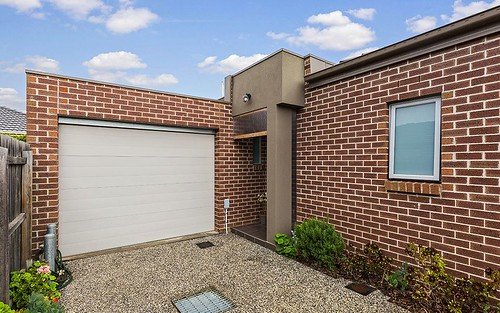 3/21 Sydney St, Avondale Heights VIC 3034