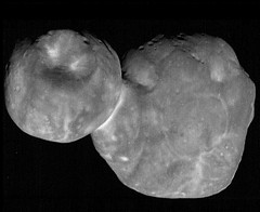 Best View of Ultima Thule (sjrankin) Tags: 28february2019 edited nasa newhorizons grayscale mu69 ultimathule comet asteroid contactbinary 2014mu69