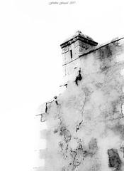 Abstract Bulwark (série 2/2) (Frédéric Fossard) Tags: monochrome blackandwhite noiretblanc fondblanc art abstrait surréaliste texture surreal abstract mur wall citadelle échauguette citévauban rempart bulwark briançon hautesalpes monument architecture