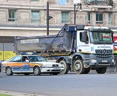 Metropolitan Police Service P161PYW - JRL Environmental VX64JVO (Waterford_Man) Tags: jrlenvironmental tipper truck rover fastback mps p161pyw police vx64jvo metropolitanpoliceservice