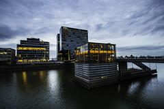 Düsseldorf0137Zollhafen (schulzharri) Tags: düsseldorf nrw deutschland germany europa europe architektur architecture glas modern haus building