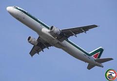 AIRBUS A321-112 I-BIXQ (Rome Aviation Spotters) Tags: alitalia airbusindustrie a320family