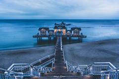 Seebrücke Sellin (graser.robert) Tags: blauestunde deutschland insel licht ostssee sellin ses strand burn dodge dodgeburn meer nacht rügen sehenswürdigkeit wahrzeichen tourist