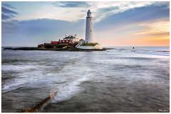St Mary's Lighthouse Northeast coast UK (stblackburn) Tags: northeast lighthouse seascape sunrise uk coastal