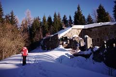 Fort de Montgilbert (boklm) Tags: alpes france fuji100t snow