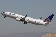 N75436 | Boeing 737-924ER/W | United Airlines (cv880m) Tags: losangeles lax klax california aviation airliner airline aircraft airplane jetliner airport boeing n75436 737 739 737900 737924 winglet scimitar ual united unitedairlines friendlyskies