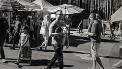 tempe 3362 (m.r. nelson) Tags: tempe tempefestivileofthearts arizona az america southwest usa mrnelson marknelson markinaz streetphotography urban artphotography thewest wildwest documentaryphotography blackwhite bw monochrome blackandwhite ohnefarbstoffe schwarzweiss
