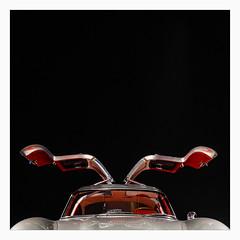 _gullwings (fot_oKraM) Tags: mercedesbenz mercedes 300sl 300 oldtimer car flügeltüren fluegeltueren gullwings duesseldorf kunstpalast nrw deutschland germany