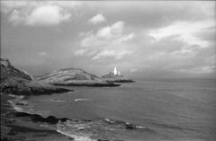Mumbles Lighthouse in Spring (Phil John (Swansea)) Tags: kodakretinette 35mm fixed50mm filmisnotdead gower mumbleshead mumbles lighthouse