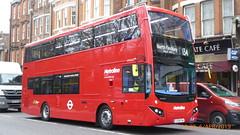 P1150519 VMH2577 LF19 FXA at Highgate Station Archway Road Highgate London (LJ61 GXN (was LK60 HPJ)) Tags: volvob5lhybrid mcv evoseti mcvevoseti 105m 10490mm metroline metrolinewest vmh2577 lf19fxa nb982