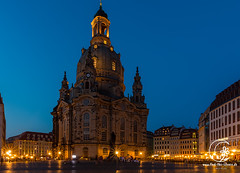 Frauenkirche at night (find the silence) Tags: nacht kirche summer natur elbe dresden stadt bauwerk architektur architekt basilika baukunst bethaus chapel gebäude gotteshaus heiligtum kapelle kathedrale kirchen konstrukt struktur strukturen architectonics architecture architektonisch building chantry construct countryside dark darkness dayandnight engineering houseofgod kind minster mission mothernature nature night nite parish quality sanctuary structure structures