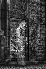 FANTASMA EN LA ERMITA (juan carlos luna monfort) Tags: nocturna night noche alcaladexivert castellon castello lightpainting tunica tripode largaexposicion hdr ermita religion religioso blancoynegro blackandwhite bw nikond7200 irix15 calma paz tranquilidad