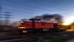 50_2019_02_14_Gelsenkirchen_Bismarck_1275_xxx_NRAIL_mit_Containerzug ➡️ Herne_Abzw_Crange (ruhrpott.sprinter) Tags: ruhrpott sprinter deutschland germany allmangne nrw ruhrgebiet gelsenkirchen lokomotive locomotives eisenbahn railroad rail zug train reisezug passenger güter cargo freight fret bismarck db ccw de efm eh eloc hctor rpool pkpc spag 323 0077 0275 0632 1225 1265 1266 1275 3294 6145 6156 6185 6186 6189 6241 9123 9124 captrain ecr ell hectorrail lotos setg spitzke museumszug schrottzug logo natur outdoor graffiti wildgänse flugzeug sonnenuntergang airbus 380