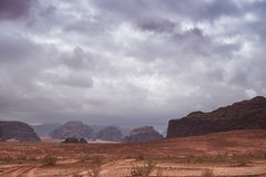 wadi rum desert, jordanie (van1o) Tags: jordan wadirum mountain sky rocks middleeast redsand flickrtravelaward