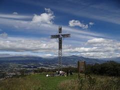 En la base de la cruz  del Ilaló (Oscar Padilla Álvarez) Tags: ecuador