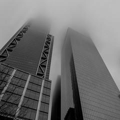 New York im Nebel (markusgeisse) Tags: schwarzweis newyork hochhäuser nebel stadt bw blackandwhite usa new york dust skyskrapers