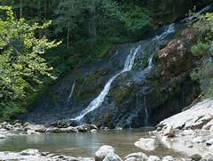18-08-2018 Cascade du Pissieu (1 sur 4) (calace74) Tags: bauges cascadedupissieu rhonealpes savoie cascade couleur eau france paysage