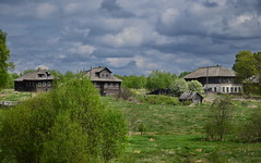 0630 (deni.spiri) Tags: abandoned russia decay abandonedplaces lost lostplaces forggoten urbex nature oldhouse kostroma 4x4 offroad adventures trip journey
