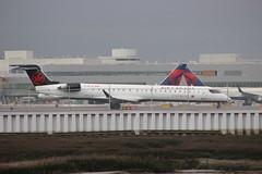 C-GFJZ Air Canada Express Bombardier CRJ-705LR (BayAreaA380Fan Photography) Tags: unitedairlines unitedexpress embraer emirates embraererj175lr boeing airbus boeing737 boeing747 boeing757 boeing767 boeing777 737 747 757 767 777 787 dreamliner boeing787 airbusa330 airbusa319 airbusa380 airbusa320 airbusa321 airbusa350 a319 a320 a321 airbusa340 a340 a350 a380 superjumbo deltaairlines interjet alaskaairlines moretolove allnipponairways staralliance ana aircanada aircanadajetz southwestairlines cathaypacific koreanair aeromexico japanairlines klm klmroyaldutchairlines icelandair virginamerica virginatlantic americanairlines americaneagle qantas evaair privatejet britishairways airfrance lufthansa wheelsup beechb300superkingair350 fedex planespotting sanfranciscointernationalairport sfo ksfo