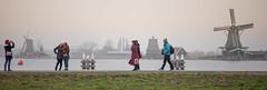 panorama of people and windmills (chtimageur) Tags: panorama people windmills dutch netherlands zaanse schans gens mensen molens moulins dijk canon 6d cnaon 85 18