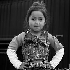 Cholita - Bolivia (Andre Yabiku) Tags: southamerica cholita andreyabiku yabiku bolivia blackandwhite bw portrait