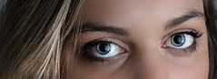 Blue eyes (knaki63) Tags: d750 tamronsp2470mmf28divcusd strobism portrait eyes