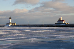 sundown at Duluth harbor (Lucie Maru) Tags: sundown winter ice cold lighthouse water frozen lake frozenlake lakesuperior duluth north minnesota