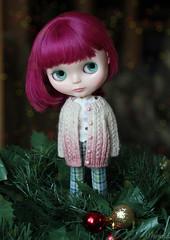 (Ulanna) Tags: blythe hybridsimplythumptythumpsimplysparklyspark knitting cardigan jacket