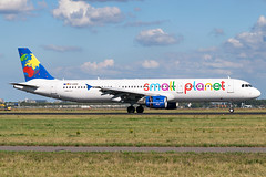 Small Planet Airlines   D-ASPD (Airway Photography) Tags: smallplanet smallplanetairlines smallplanetairbus smallplanetairlinesairbus smallplanetdaspd daspd airport aircraft planespotting airliner aero jet jetaeroplane pilot livery aviation planespotter nikon nikond3300 d3300 airline flying holiday sky speed fast bluesky nikkor 5530mm aircraftphotography planephotography aeroplane spotting takeoff landing departing runway vehical outdoor jetliner airwayphotography international travel world worldtravel traveling approach amsterdam schipol amsterdamschipol amsterdamschipoleham eham ams dutch