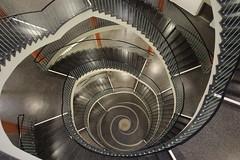 University Dresden (Elbmaedchen) Tags: staircase stairs stairwell stufen steps treppenhaus treppenauge treppe upanddownstairs interior universität dresden helix schnecke schwindel raufundrunter escaliers escaleras hülssebau