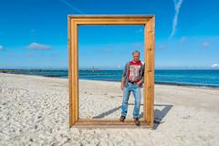 Schöne Aussichten für das neue Jahr (berndtolksdorf1) Tags: deutschland mecklenburgvorpommern zingst ostsee strand meer wasser outdoor kunstobjekt