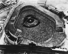 jonathan junkers collection image (San Diego Air & Space Museum Archives) Tags: bronx bronxny bronxnewyork thebronx yankeestadium baseballstadium stadium ballpark
