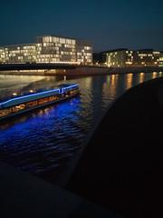 Stadt, Nacht, Fluss - #1 (Patrick B. Rau) Tags: spree nacht night berlin huawei p10 leica patrickbrau