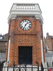 UK - London - Rainham - War memorial (JulesFoto) Tags: uk england northeastlondonramblers london rainham warmemorial clocktower